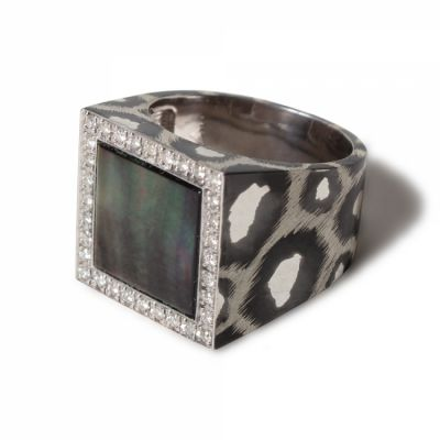 Mariangela Ring SV925 -Mother of Pearl (Black)